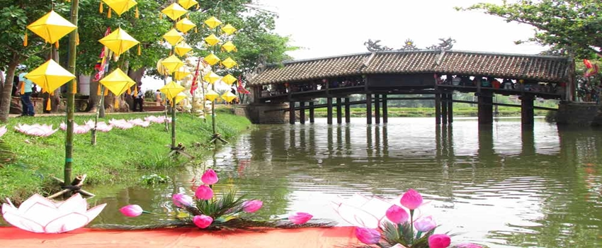 hue city tour - Thanh Toan bridge