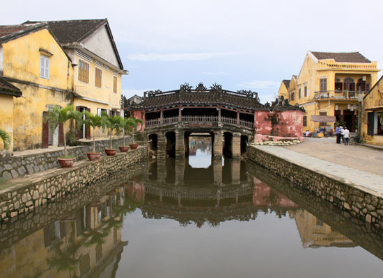 Hue to Hoi An by private car is a unique experience for you in Vietnam
