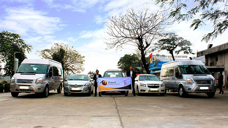 Banner Hue Private Cars