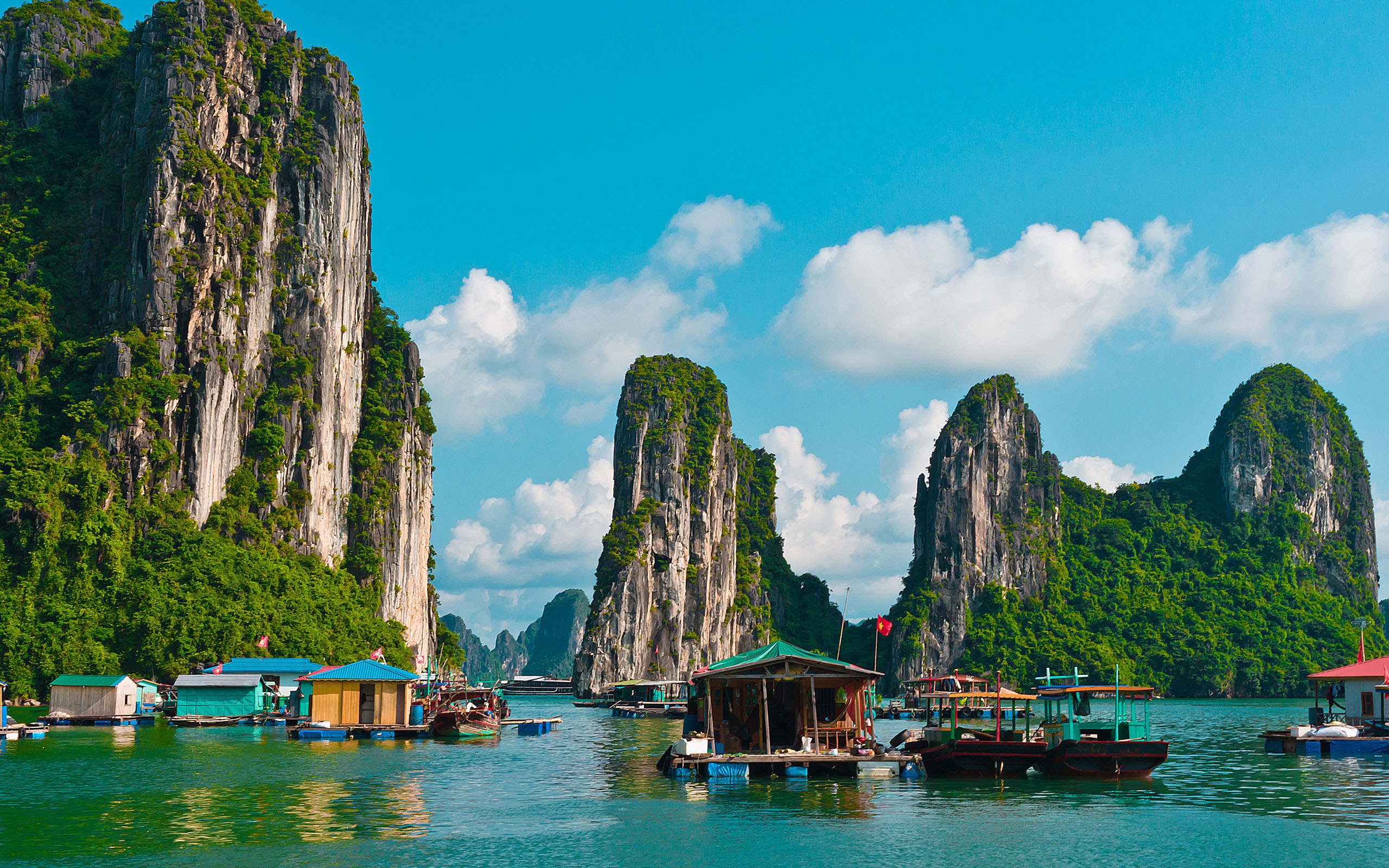 Angeln-In-Halong-Bay-Vietnam-1 - Ha Noi to Ha Long bay by private car