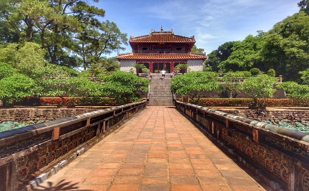 Minh Mang Tomb - Hue City Tour