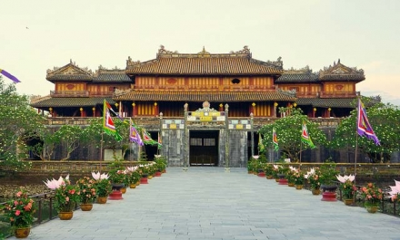 Hue citadel - hue city tour