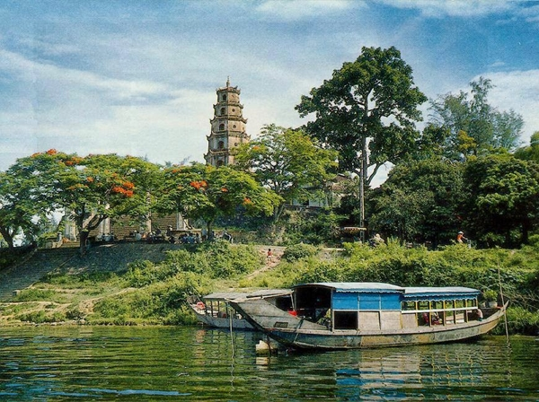 Phuoc dien tower - hue travel guide - thing to do in hue