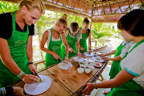 Cooking Class - hue travel guide