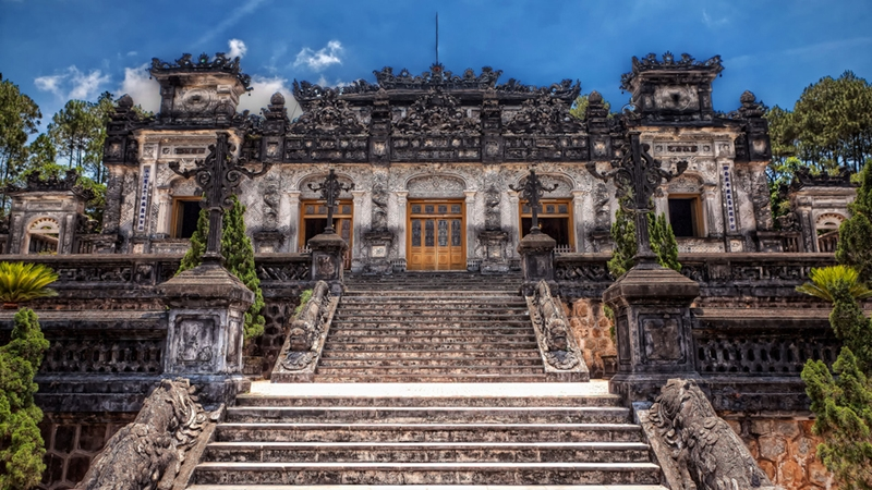 Khai Dinh Tomb - hue tomb - hue travel guide