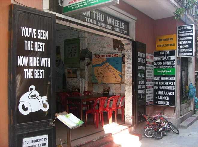 cafe on thu wheels thing to do in Hue