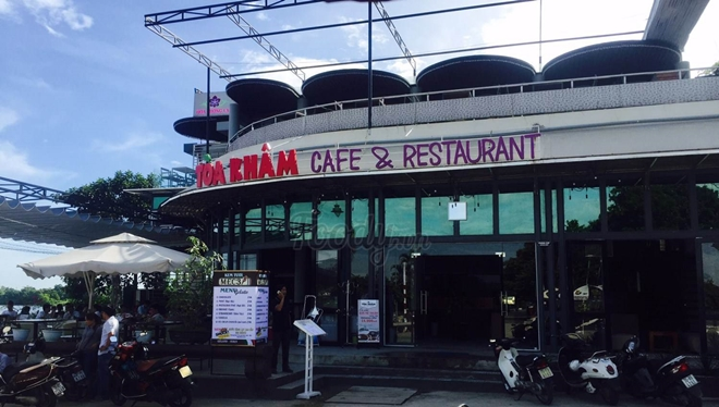 foody-toa-kham-cafe - thing to do in Hue