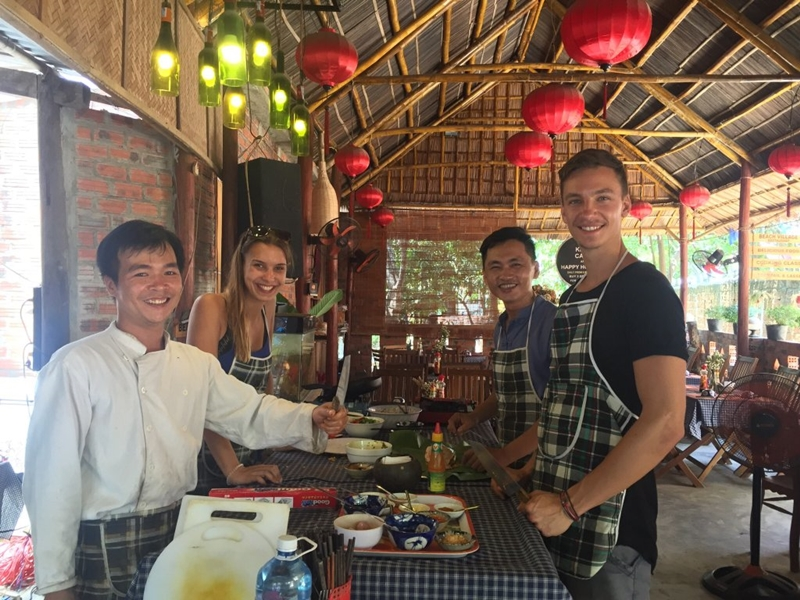 An Bang Beach Village Restaurant - things to do in hue