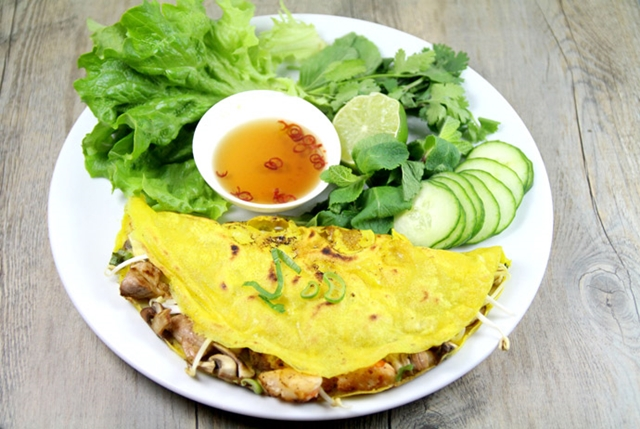 Banh Khoai - What to eat in Hue