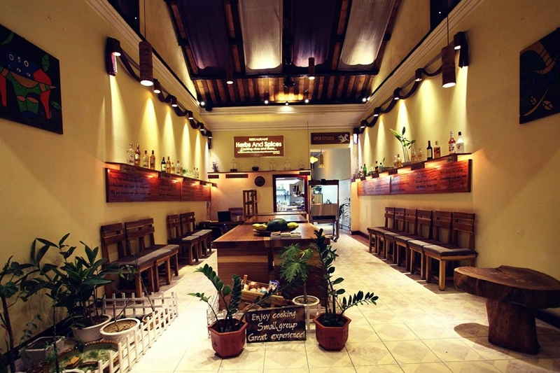 Herbs and Spices Restaurant - things to do in Hoi An