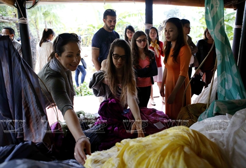 VIETNAM – ASEAN SILK CULTURAL FESTIVAL