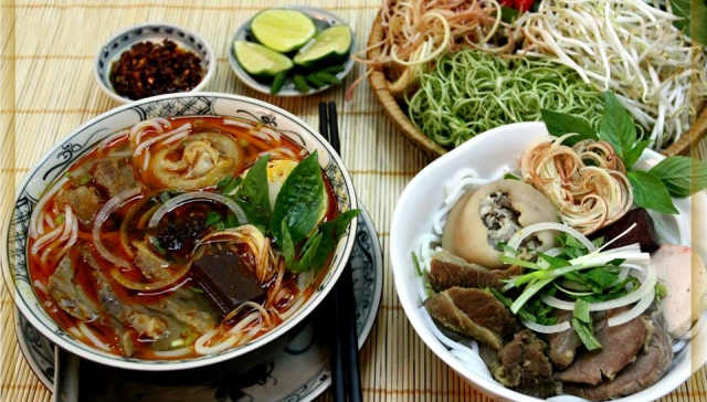 bun bo hue - what to eat in Hue