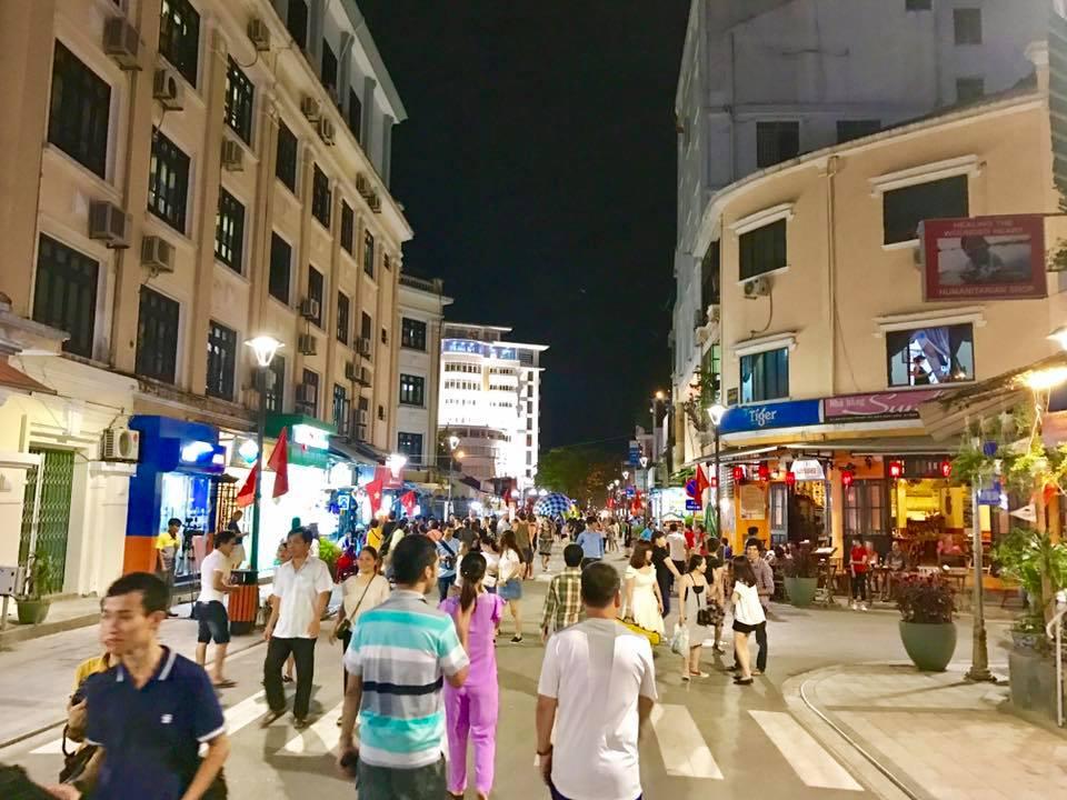Hue Walking Street
