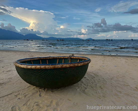 Da Nang – Hue – Da Nang Package Tour - Danang Beach