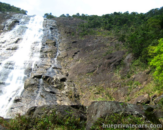Hue – Bach Ma National Park – Hue - Bach Ma Waterfall