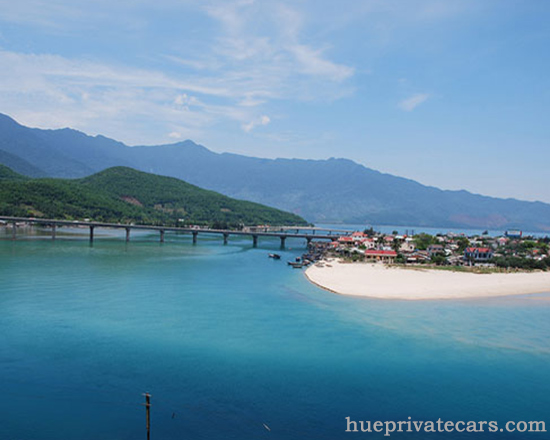 Hue – Da Nang Transfer by Private Car - Lang Co Beach