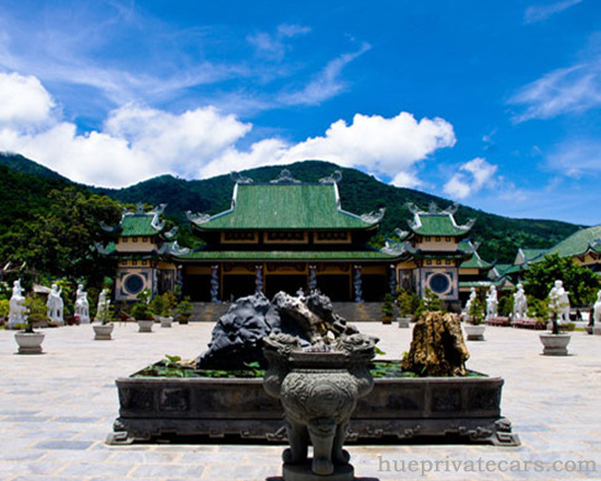 Hue – Da Nang Transfer by Private Car - Linh Ung Pagoda