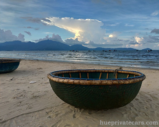 Hue – Da Nang Transfer by Private Car - My Khe Beach