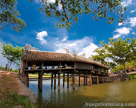 Hue Sightseeing Day Tour - Thanh Toan Bridge