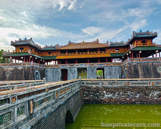 Hue Sightseeing Group Tour - Hue Citadel