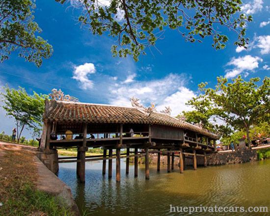Hue city tour 1 day - Thanh Toan Bridge