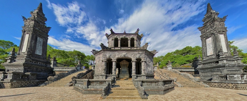 What to see in Hue - Thien Mu pagoda
