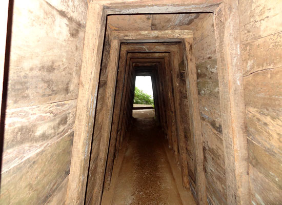 DMZ tour Hue - vinh moc tunnels