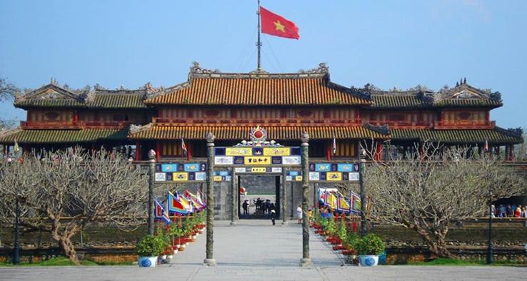 citedal hue - how to get from hanoi to hue - hue city tour